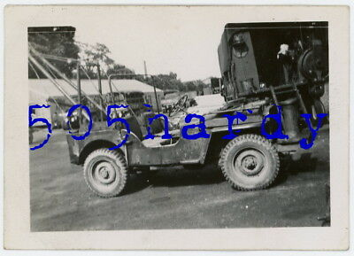 WWII US GI Photo - Jeep w/ Extensive Pipe Frame Work Extending From Bed - TOP!