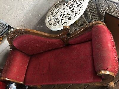 Antique Style Chaise Lounge