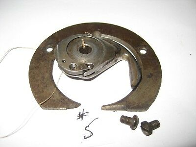1871 Singer Sewing Machine Hook Shuttle And Bobbin Assembly
