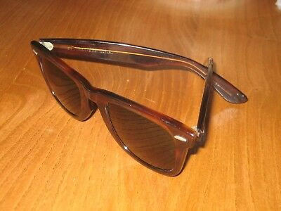 Vintage Ray Ban Wayfarer Sunglasses * Bausch & Lomb Lens * Made In Usa
