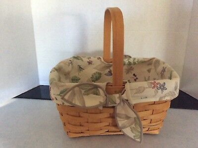 2002 Longaberger woven basket and cloth liner,  Handwoven with stationary handle