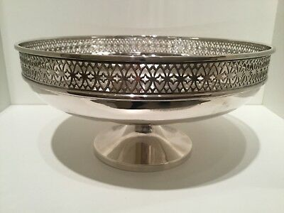Solid Sterling Silver Footed Dish Fruit Bowl by Walker & Hall Sheffield 1925