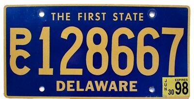"Delaware 1998 ""The First State"" SUV Station Wagon License Plate, PC 128667"