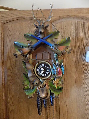 Hunter Theme Cuckoo Clock Bachmair & Klemmer Movement West Germany / Swiss Music