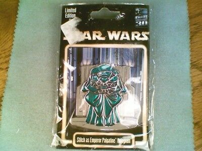 Star Wars 3D Emperor Palpatine Hologram Disney Pin Limited Edition