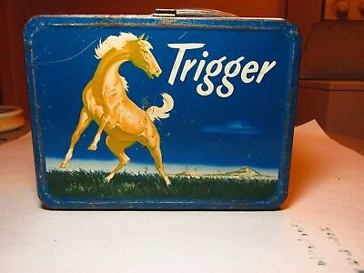 VTG.1950s TRIGGER LUNCH BOX AND THERMOS MADE BY THE AMERICAN THERMOS BOTTLE CO.