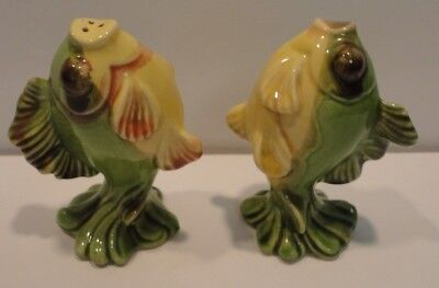 Vintage PR Madison Ceramic Arts Studio Tropical Fish Salt & Pepper Shakers