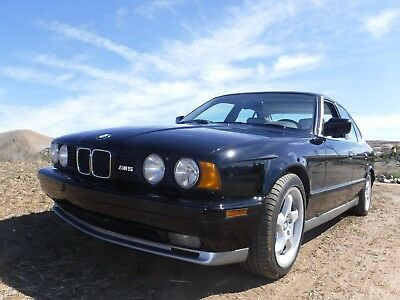 1991 BMW M5 1 of 455 BUILT RARE IMMACULATE 90s SPORT SEDAN 1991 BMW M5 Immaculate 1/455 Built MOTORTREND BEST 90s SPORT SEDAN FREE SHIPPING