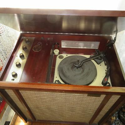 1958 Pilot PT-1028 AC Tube Phono Amplifier & 4 Speed Automatic Record Changer