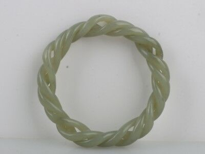 China Exquisite Hand-Carved  Hetian Jade Bracelet Collection