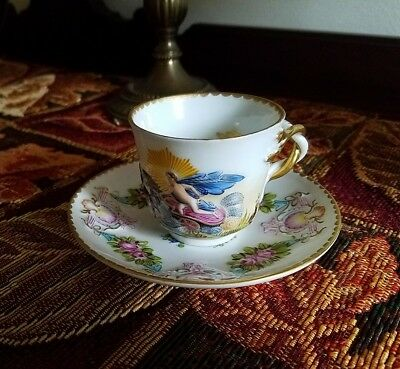 Antique Vintage Capodimonte Tea Cup and Saucer, Hand Painted, 1771 to 1834