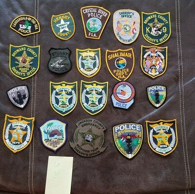 LOT OF 20 DIFFERENT POLICE PATCHES  NEW/MINT CONDITION  lot#W