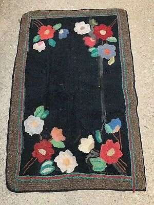 "ANTIQUE 40"" x 24"" HOOKED RUG Black Center 4 Corners of Flowers Nice Color Border"