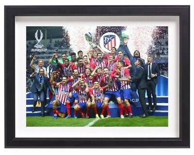 Athletico Madrid UEFA Super Cup Champions 2018 Lifting Trophy A4 Poster