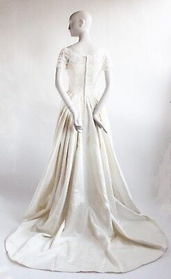 VTG 1960's Bergdorf Goodman Couture Lace & Satin Wedding Dress with Tiara