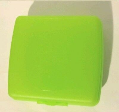 TUPPERWARE New SANDWICH KEEPER Hinged LUNCH Lime Green BPA FREE Free US Shipping