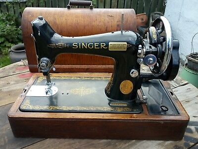 Singer 99k hand crank Sewing Machine,  Serviced & oiled bentwood case attachment