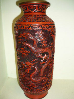 Antique Chinese Cinnabar Vase Dragon 20 cm