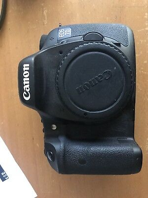 Canon EOS 7D Digital SLR Camera - Black (Body Only) Low Shutter Actuations
