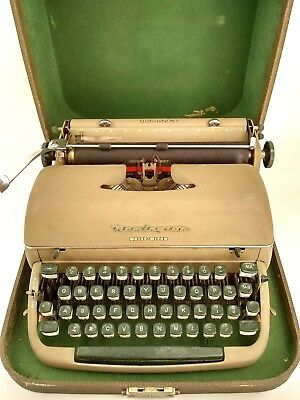 Antique Remington Quiet-Riter Type Writer With Case Miracle Tab