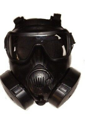Avon m50 gas mask. Complete set with cartridges and carry bag