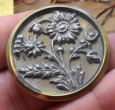 """NICE 1 1/2"""" Flowers Nice Detail Metal Antique Button 431:1"""