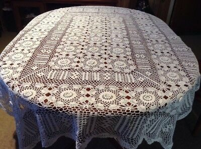 Vintage White Oblong/ Rectangle Chrochet Tablecloth With Raised Flowers Lot 3