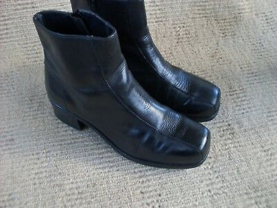 Exc. 'oz Gear' Black Leather Ankle Boots, Size 8