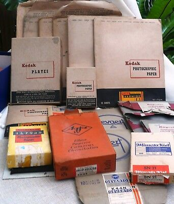 Vintage Developing and Darkroom Equipment, Bromides, Plates etc