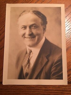 "HARRY HOUDINI PUBLICITY POSE 7.5 X 10"" VINTAGE PHOTO (original)"