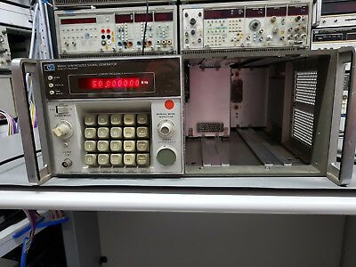 HP 8660C, Synthesized Signal/Sweep Generator, Opt. 001, 005