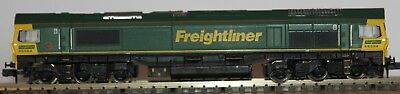 Dapol ND051 Class 66 diesel 66554 in Freightliner livery
