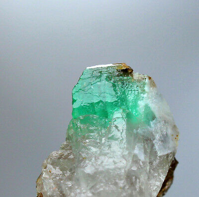 37 CRT Full terminated top quality top green Emerald crystals from panjsher @AFG