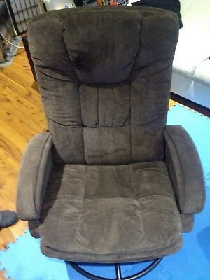 Valco Baby Tranquility Glider Nursing Chair with Ottoman