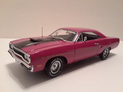 """Super Rare 1:24 """"1970 Plymouth Roadrunner"""" Painted Moulin Rouge, Crown Premiums,"""