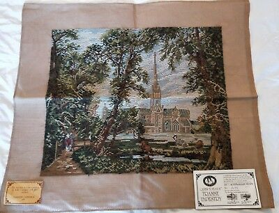 NEW QUEEN ADELAIDE Trammed TAPESTRY CANVAS & WOOL SALISBURY CATHEDRAL A95