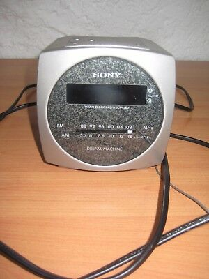 SONY ICF-C160 DREAM MACHINE silber Radiowecker Uhrenradio AM/FM Radio vintage
