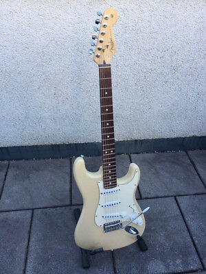 Fender Stratocaster Highway One Made in USA American SSS Strat Bj.2005