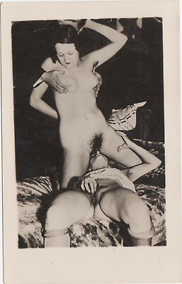 1920/30s Nude Lesbian girls in diving action PHOTO Postcard naked Lesbians Gay