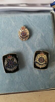 Victoria Police Badge And Cufflinks