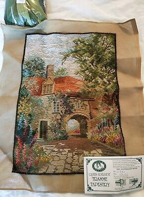 BRAND NEW QUEEN ADELAIDE Trammed TAPESTRY CANVAS & WOOL No. 3731