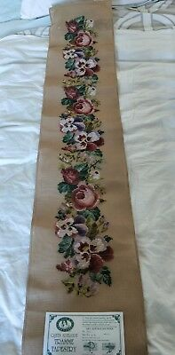 BRAND NEW QUEEN ADELAIDE Trammed TAPESTRY CANVAS & WOOL No. 302 FLOWERS