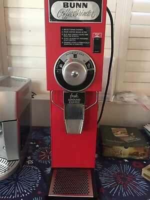 BUNN G3 HD Red And Black Coffee Grinder 3