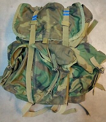 US Army USMC Alice Tactical Field Radio Back Pack Woodland Camo padded straps