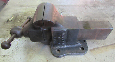 Antique Reed Mfg. Co. Heavy Duty # 104 Bench Vise, Made In Erie PA. U.S.A.