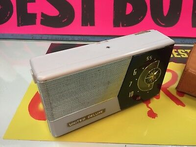 Very Rare United Deluxe Tube Portable Radio One Of The Rarest One's To Get