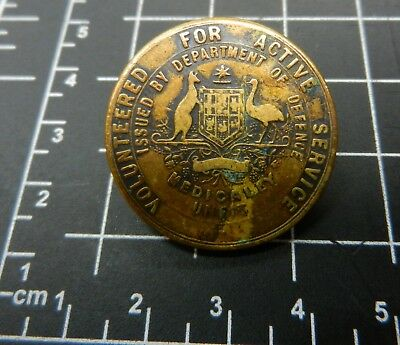 WW 1  Volunteered for Active Service badge Medically Unfit
