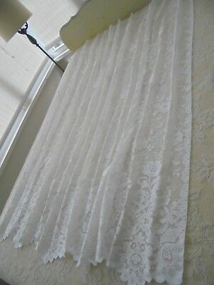 """Vintage JC Penney White Lace Shower Curtain USA Made 70"""" W x 72"""" L"""