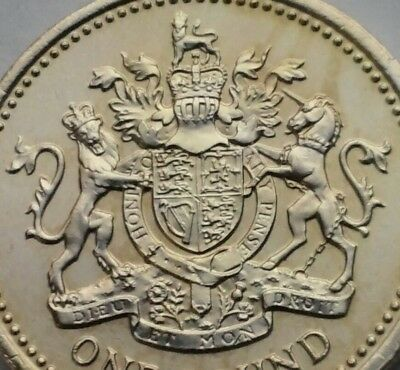 Great Britain, UK 1 Pound 1983. KM#933. One Dollar coin. Great Britain Shield.