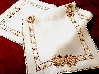 VINTAGE HAND EMBROIDERED Natural LINEN Copper RUNNER TABLE Centre CLOTH 52x16.5""